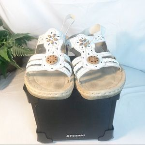 EARTH SPIRIT GELRON 2000 leather white sandals